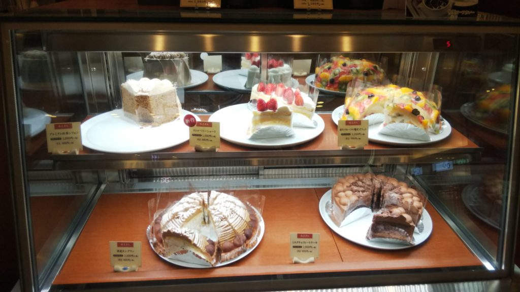 ケーキが誘惑